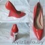 Обувь женская ..............